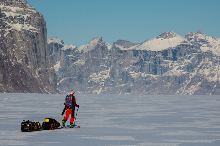 Ross Hewitt Guiding Baffin Island skiing 160