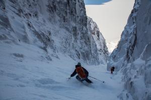 Ross Hewitt Guiding Baffin Island skiing 137