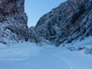 Ross Hewitt Guiding expedition skiing baffin island 34