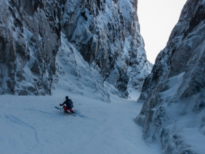 Ross Hewitt Guiding expedition skiing baffin island 30