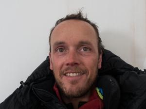 Ross Hewitt Guiding expedition skiing baffin island 2