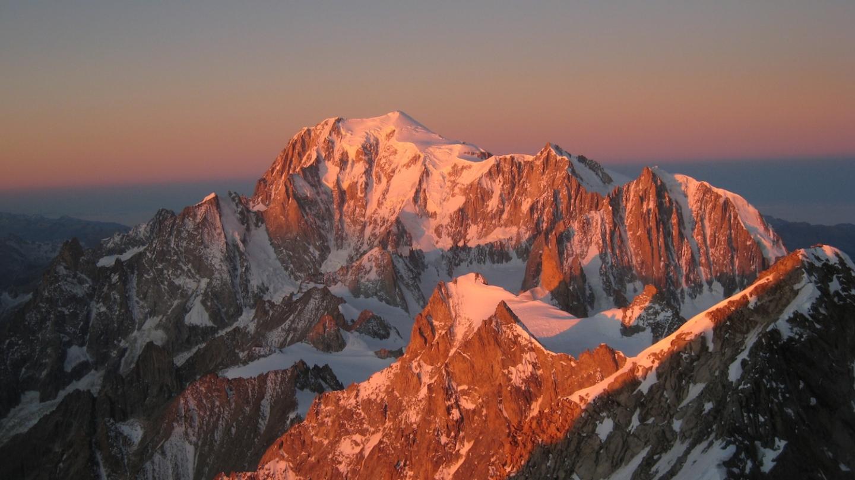 Ross Hewitt Guiding Mont Blanc