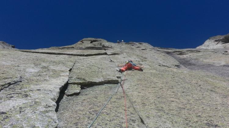 Ross Hewitt guiding pyramid evers des aiguille