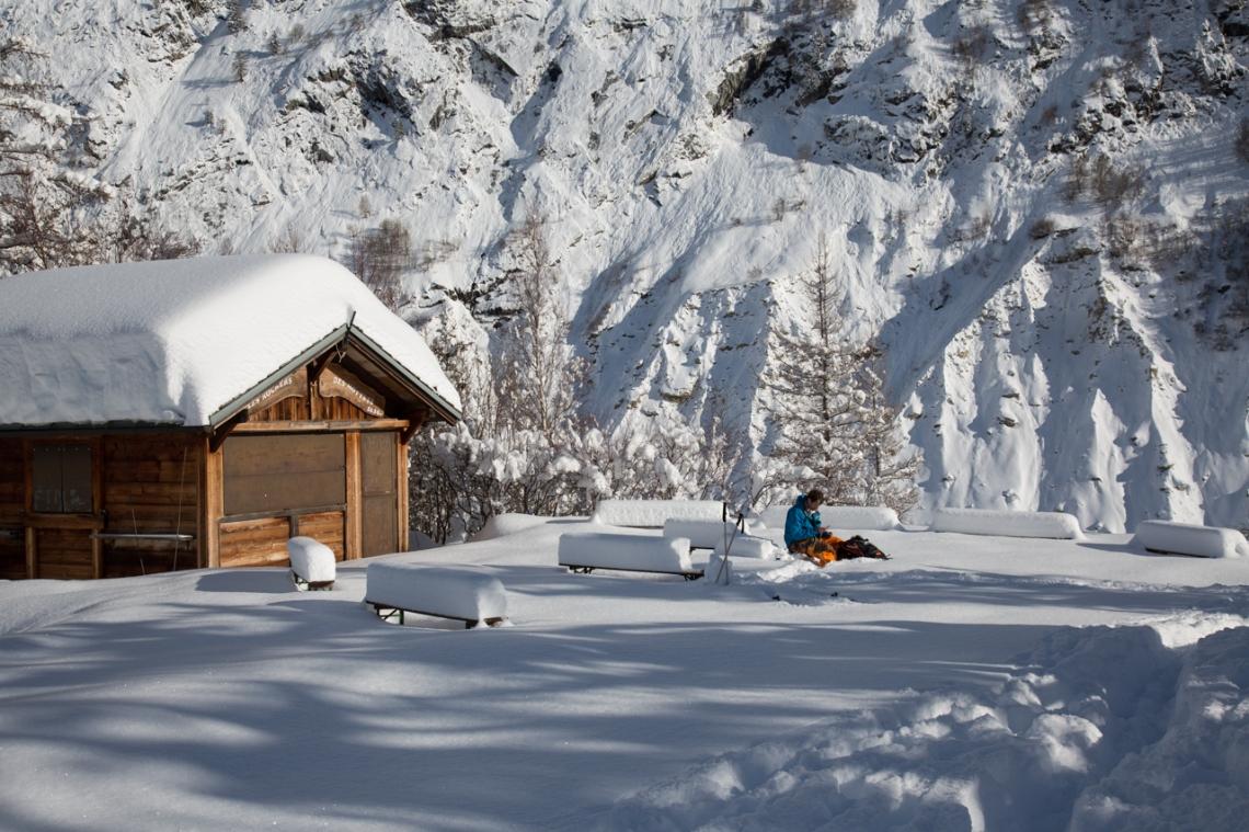 Ross Hewitt Ski Guiding Valley Blanche buvet
