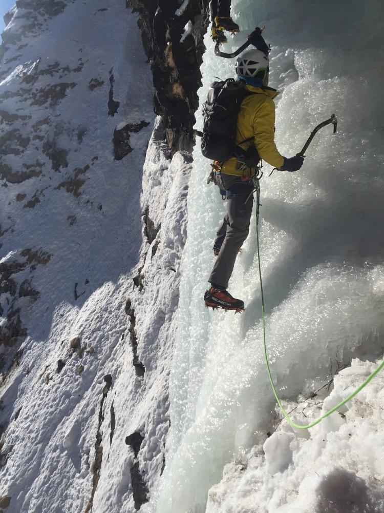 Ross Hewitt Guiding ice Cogne Adrian Nelhams