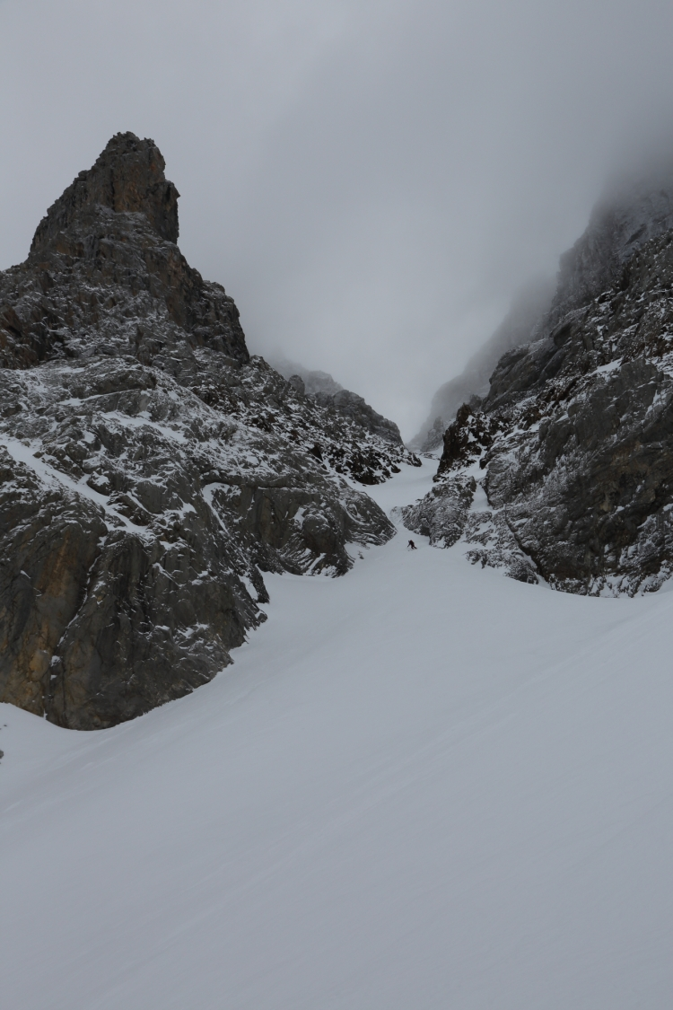 Michelle Blaydon in Dent Jaune Couloir 12