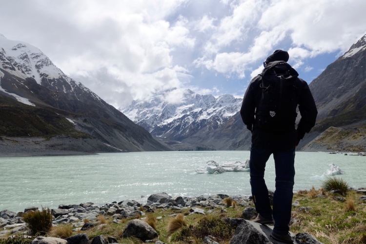 Ross Hewitt at Hooker lake Aoraki / Mount Cook NZ by Dave Searle