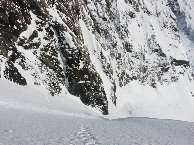 Dave Searle in Bowie Couloir of Aoraki / Mount Cook NZ by Ross Hewitt