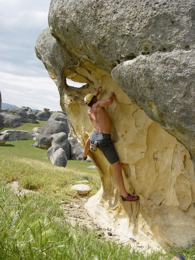 Ross Elephant Rocks V4 2