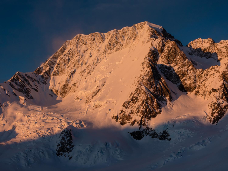 Aoraki / Mount Cook NZ by Ross Hewitt