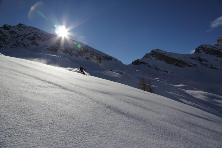 Glade skiing 2