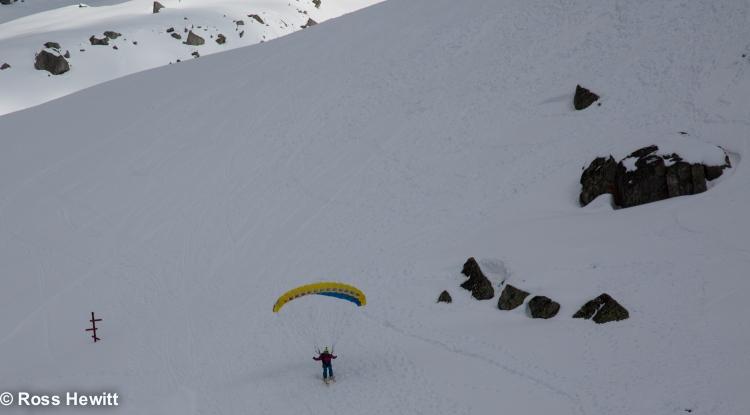Frendo spur ski descent-212