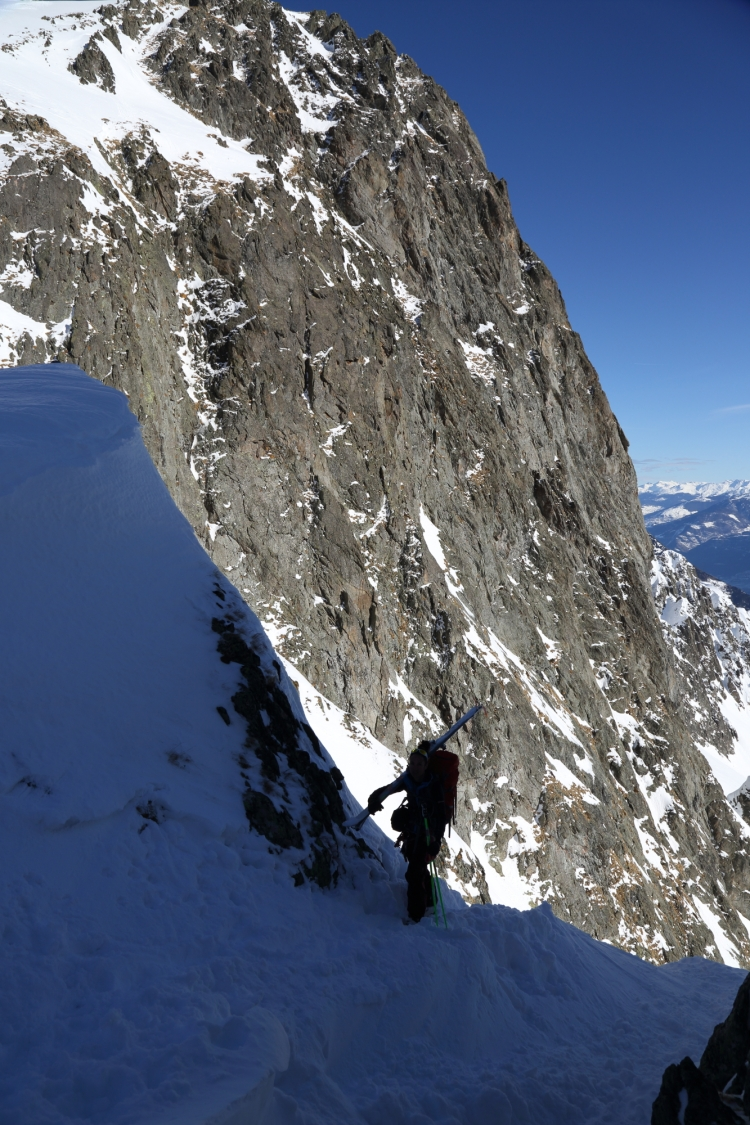 Col above Marecottes