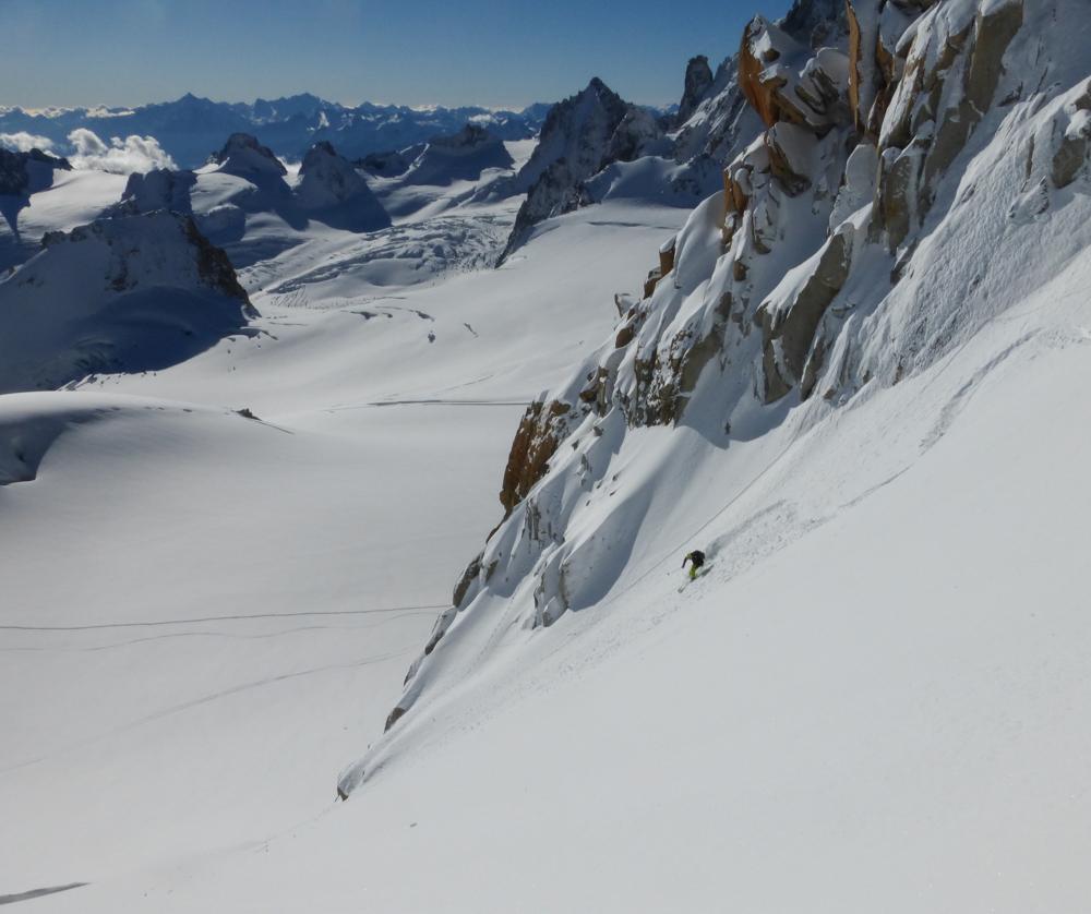 Ross Hewitt Midi Skiing-2-2