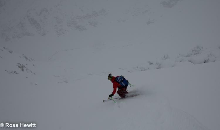 Michelle Blaydon in vallee blanche-12
